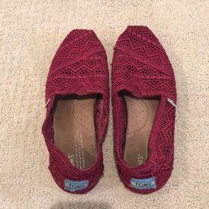 Toms crochet shoes